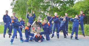 Die Feuerwehr-Jugend aus Messingen fliegt auf Insekten und wartet jetzt auf den Einzug der Nützlinge, Bestäuber und Schädlingsbekämpfer